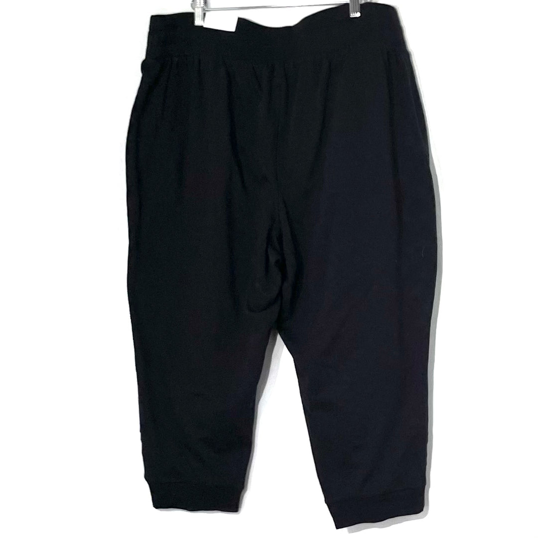 Photo #1 - BRAND: LIVI ACTIVE <BR>STYLE: ATHLETIC CAPRIS <BR>COLOR: BLACK <BR>SIZE: 1X /18-20<BR>SKU: 262-26275-77476