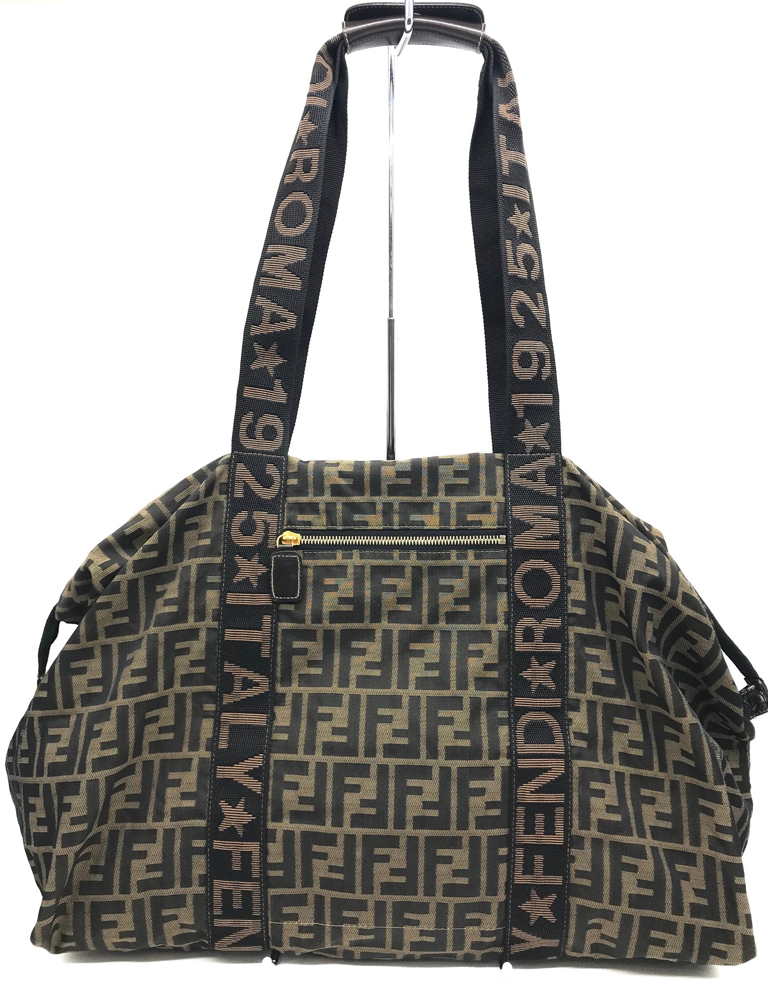 "Primary Photo - BRAND: FENDI <BR>STYLE: HANDBAG DESIGNER <BR>COLOR: MONOGRAM <BR>SIZE: LARGE (APPROX 8.5""W X 18.5""L X 14""H)<BR>SHOULDER DROP: 12""<BR>SKU: 262-26275-65304<BR>LOSS SNAGS IN THE INTERIOR. OVER ALL THE BAG IS IN GOOD SHAPE AND CONDITION.<BR>"