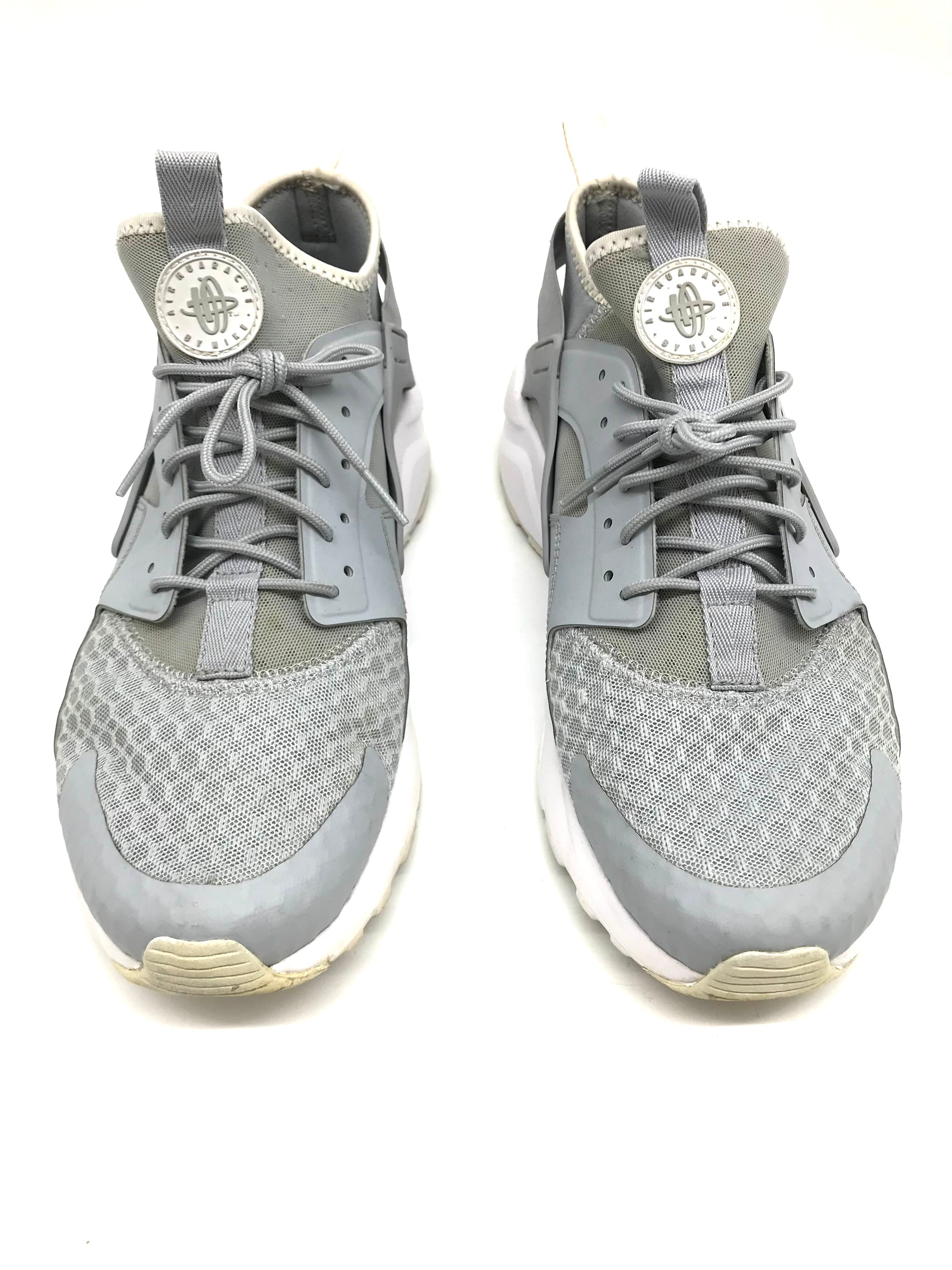Photo #3 - BRAND: NIKE <BR>STYLE: SHOES ATHLETIC <BR>COLOR: GREY <BR>SIZE: 10 <BR>SKU: 262-26275-71485<BR>AS IS SLIGHT WEAR <BR>