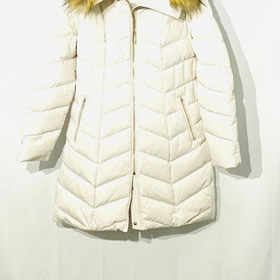Primary Photo - BRAND: IVANKA TRUMP STYLE: COATCOLOR: OFF WHITESIZE: L SKU: 262-26241-43836100% FEATHER AND DOWN FILLING NEW WITHOUT TAGDESIGNER FINAL