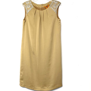 Primary Photo - BRAND: TORY BURCH STYLE: DRESS SHORT SLEEVELESS COLOR: BEIGE SIZE: M /10SKU: 262-26241-46670DESIGNER FINAL