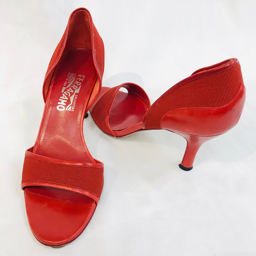 Photo #1 - BRAND: SALVATORE FERRAGAMO <BR>STYLE: SANDALS LOW<BR>COLOR: RED <BR>SIZE: 8 <BR>SKU: 262-26211-126978<BR>AS IS