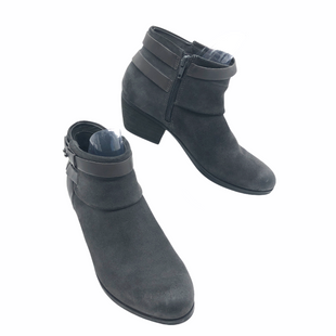 Primary Photo - BRAND: CLARKS STYLE: BOOTS ANKLE COLOR: GREY SIZE: 7.5 SKU: 262-26211-145157IN GOOD SHAPE AND CONDITION