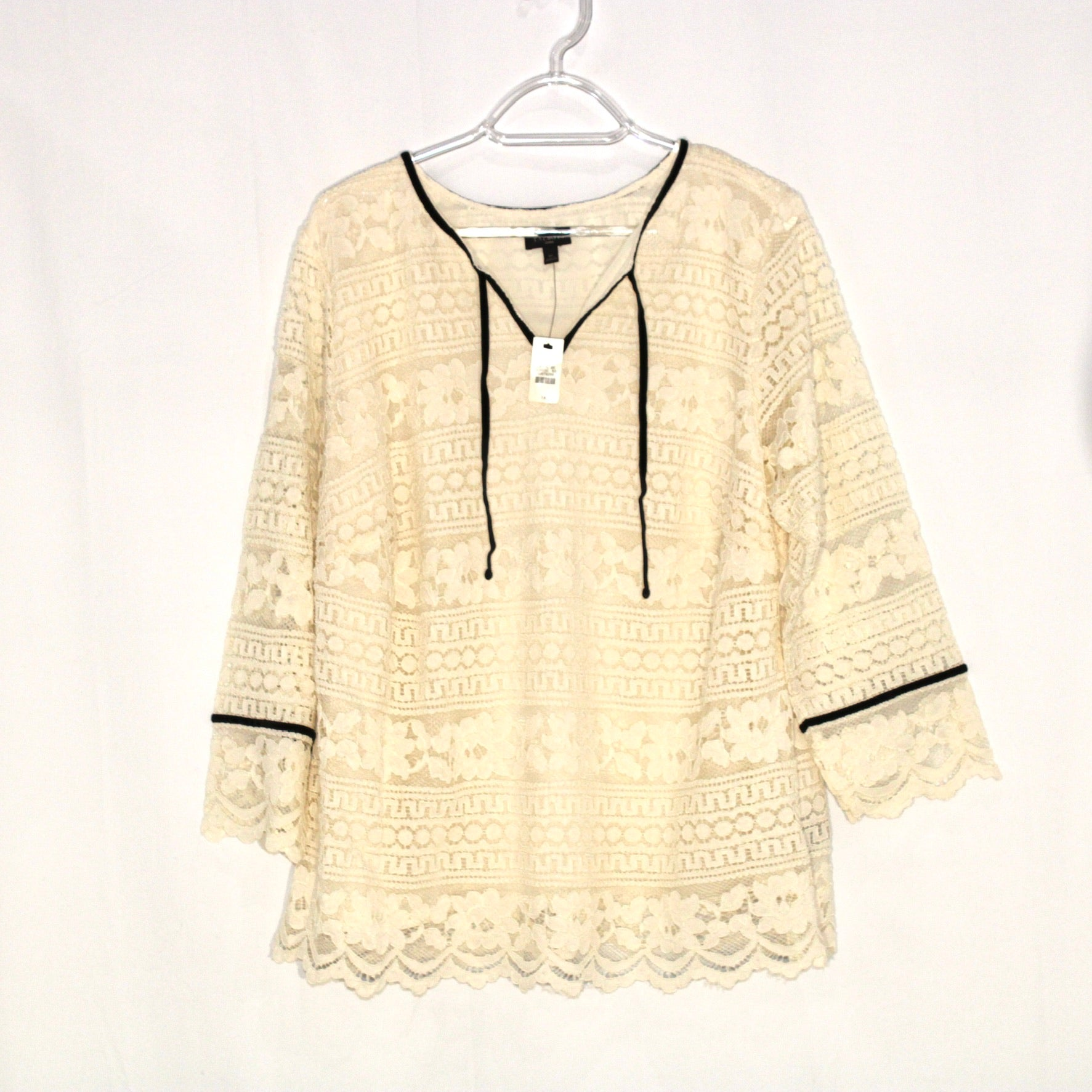 Primary Photo - BRAND: TALBOTS <BR>STYLE: BLOUSE<BR>COLOR: CREAM <BR>SIZE: 1X <BR>SKU: 262-26275-60592