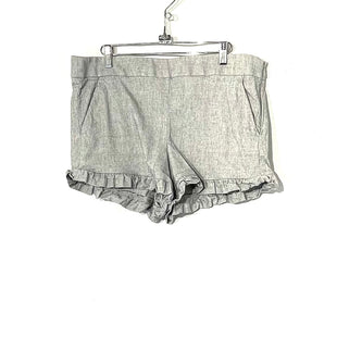 Primary Photo - BRAND: ANN TAYLOR LOFT STYLE: SHORTS COLOR: GREY WHITE SIZE: 12 SKU: 262-26241-44505