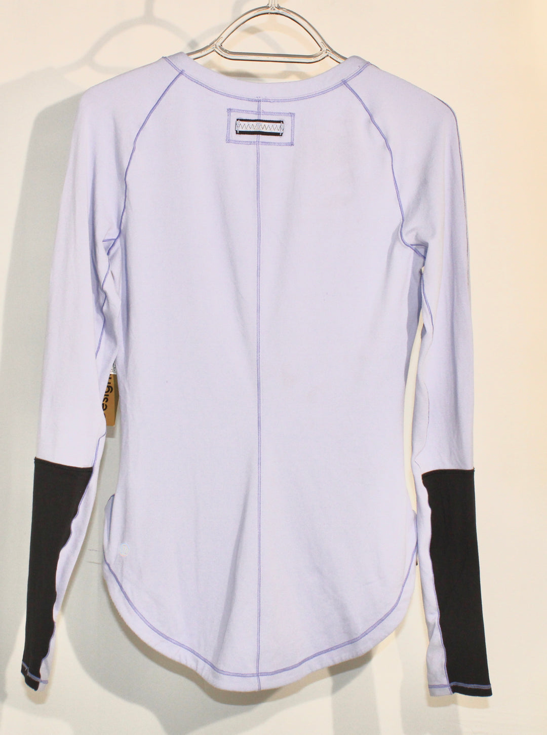 Photo #1 - BRAND: LULULEMON <BR>STYLE: ATHLETIC TOP <BR>COLOR: LILAC <BR>SIZE: 4 <BR>SKU: 262-26285-2692<BR><BR>GENTLE WEAR AS IS <BR>DESIGNER FINAL