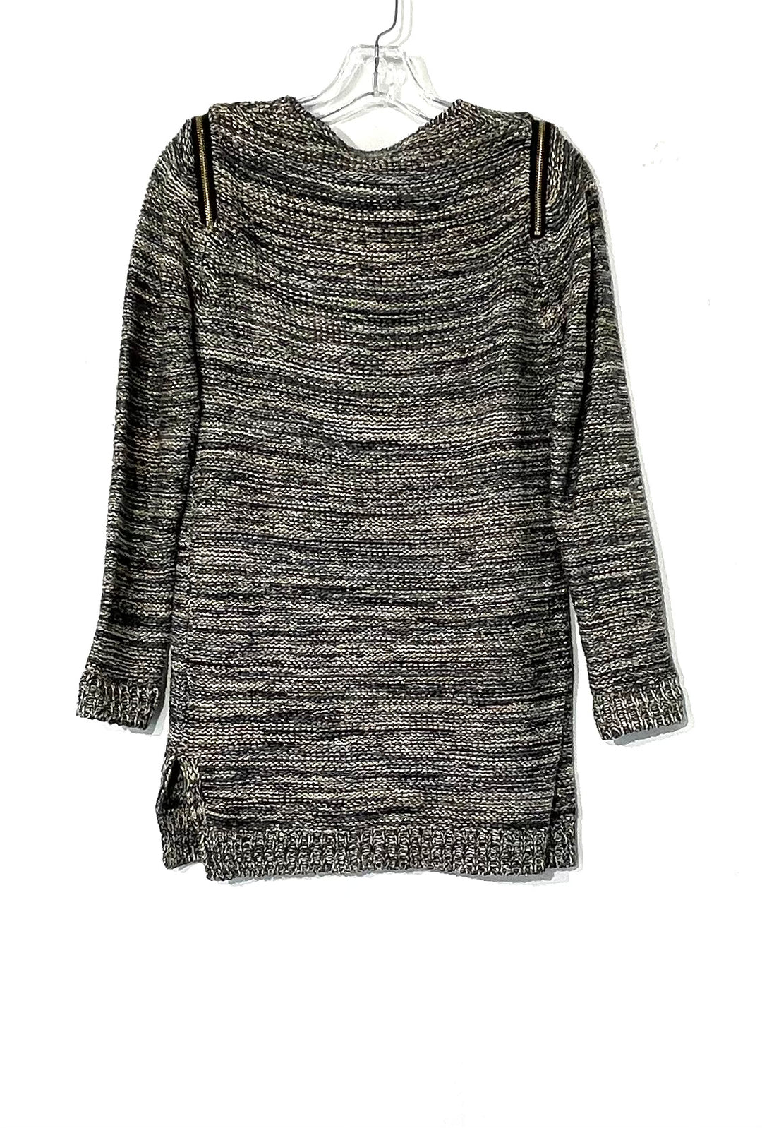 Photo #1 - BRAND:    SISTERS<BR>STYLE: SWEATER LIGHTWEIGHT <BR>COLOR: GREY SPARKLES<BR>SIZE: S <BR>OTHER INFO: SISTERS - <BR>SKU: 262-26275-73518<BR>PHOTOS DON'T SHOW THE SPARKLES