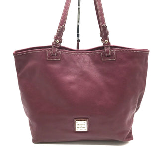 "Primary Photo - BRAND: DOONEY AND BOURKE STYLE: HANDBAG DESIGNER COLOR: MAROON SIZE: MEDIUM SKU: 262-26275-56372APPROX. 15.5""L X 11""H X 5""D"