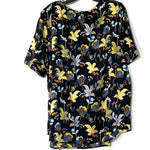 Photo #1 - BRAND: ANN TAYLOR LOFT PLUS<BR>STYLE: TOP SHORT SLEEVE <BR>COLOR: FLORAL <BR>SIZE: 2X/20<BR>SKU: 262-262101-1606