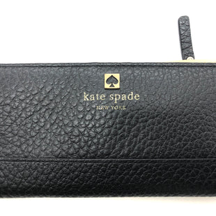 "Primary Photo - BRAND: KATE SPADE STYLE: WALLET COLOR: BLACK SIZE: MEDIUM SKU: 262-26275-76655APPROX. 6.75""L X 3.5""H"