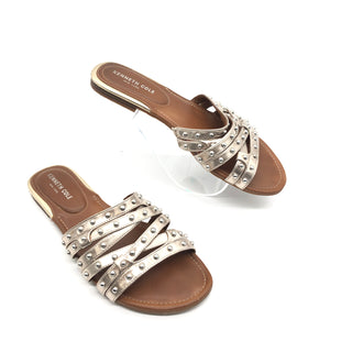 Primary Photo - BRAND: KENNETH COLE STYLE: SANDALS FLAT COLOR: GOLD SIZE: 9.5 SKU: 262-26275-75644GENTLE WEAR - AS IS