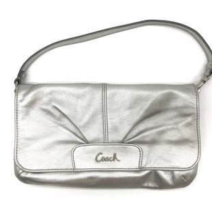 Primary Photo - BRAND: COACH STYLE: WRISTLET COLOR: SILVER SKU: 262-26275-64788IN GREAT SHAPE AND CONDITION DESIGNER BRAND - FINAL SALE