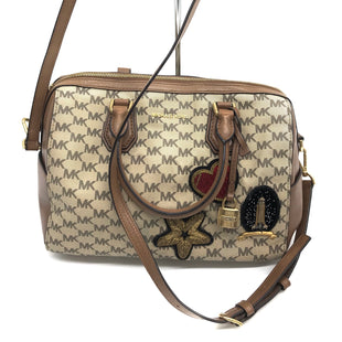 "Primary Photo - BRAND: MICHAEL KORS STYLE: HANDBAG DESIGNER COLOR: MONOGRAM SIZE: MEDIUM SKU: 262-26275-63717SOME SLIGHT SPOTS AS SHOWN, GOOD OVERALL CONDITION. APPROX. 11"" L X 9.5"" H X 6"" D."