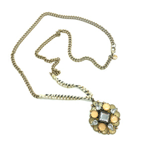 Primary Photo - BRAND:    CLOTHES MENTOR STYLE: NECKLACE COLOR: MULTI SKU: 262-26275-76154