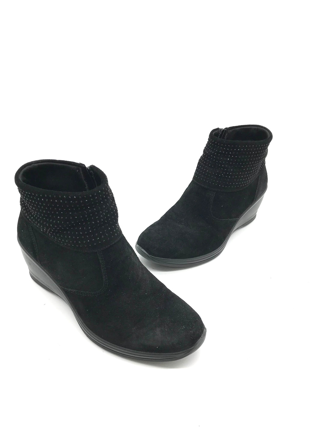 Photo #3 - <P>BRAND: CASUAL SOFT DESIGN <BR>STYLE: BOOTS ANKLE <BR>COLOR: BLACK <BR>SIZE: 8 <BR>OTHER INFO: CASUAL SOFT DESIGN - <BR>SKU: 262-26275-73080<BR><BR>AS IS MARKS (SEE PHOTOS)</P>