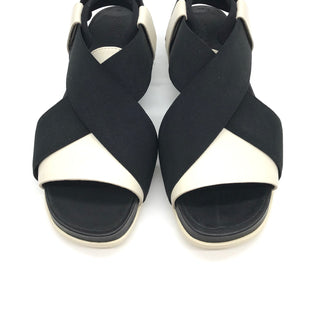 Primary Photo - BRAND:    CAMPERSTYLE: SANDALS FLAT COLOR: BLACK WHITE SIZE: 7 SKU: 262-26275-64495IN NEW CONDITION - AS IS