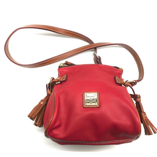 "Primary Photo - BRAND: DOONEY AND BOURKE STYLE: HANDBAG DESIGNER COLOR: RED SIZE: SMALL SKU: 262-26241-44769APPROX. 7.4""L X 9""H X 5""D."