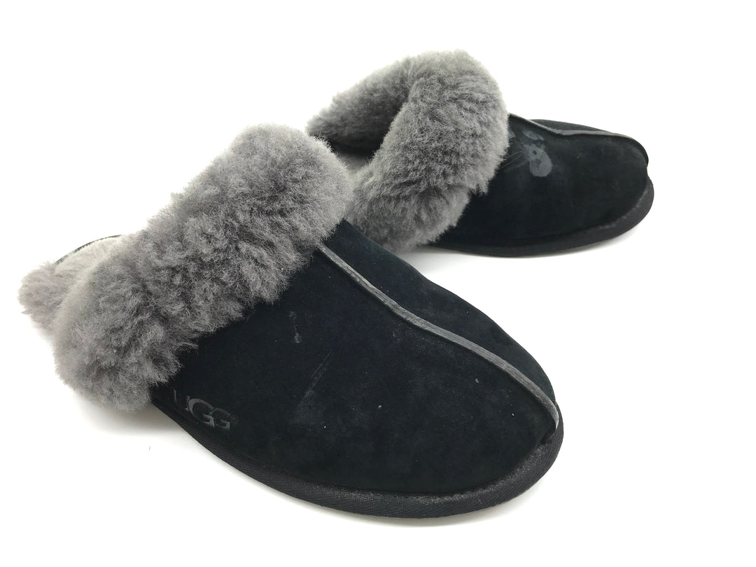 Photo #1 - BRAND: UGG <BR>STYLE: SHOES FLATS <BR>COLOR: BLACK <BR>SIZE: 9 <BR>SKU: 262-26275-65488<BR>MARKS AND WEAR SHOWS - AS IS