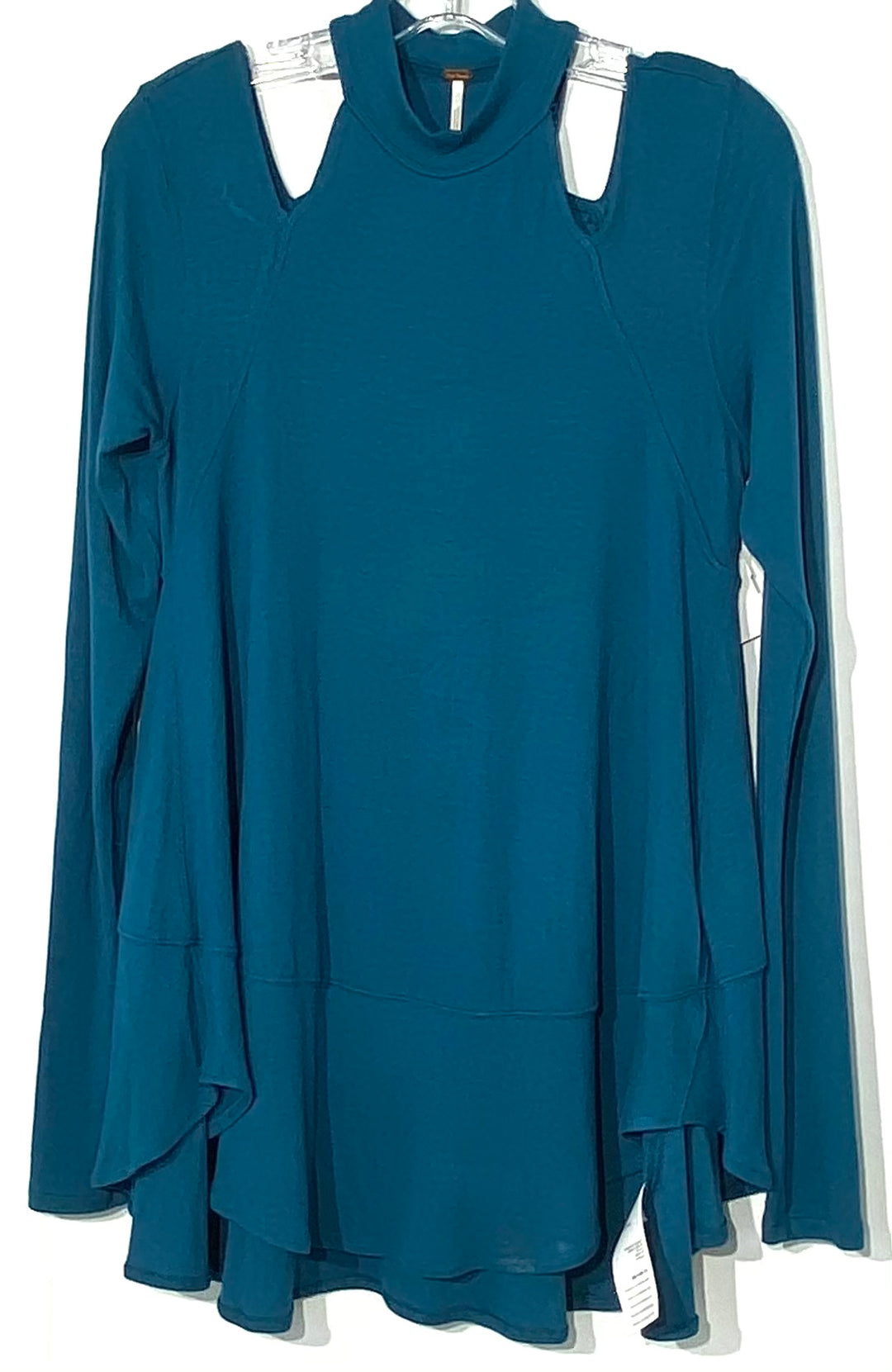 Primary Photo - BRAND: FREE PEOPLE <BR>STYLE: TOP LONG SLEEVE SWEATER <BR>COLOR: BLUE GREEN<BR>SIZE: S <BR>SKU: 262-26211-140815