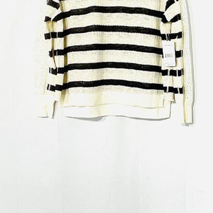 Primary Photo - BRAND: FREE PEOPLE STYLE: SWEATER LIGHTWEIGHT COLOR: STRIPED SIZE: XS SKU: 262-26275-73537
