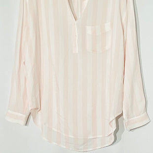 Primary Photo - BRAND: RAILS STYLE: TOP LONG SLEEVE COLOR: PINK STRIPED SIZE: M SKU: 262-26211-141431