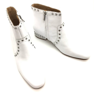 Primary Photo - BRAND: SAM EDELMAN STYLE: BOOTS ANKLE COLOR: WHITE SIZE: 11 SKU: 262-26241-44458NEW CONDITION