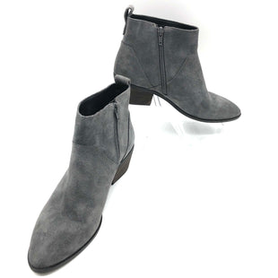 Primary Photo - BRAND: SOLE SOCIETY STYLE: BOOTS ANKLE COLOR: GREY SIZE: 8 SKU: 262-26211-142481