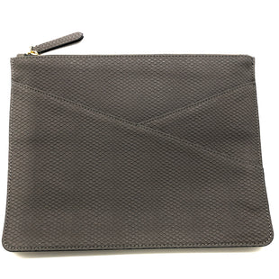 "Primary Photo - BRAND: BANANA REPUBLIC STYLE: CLUTCH SKU: 262-26241-45239APPROX. 11.75""L X 9""H"