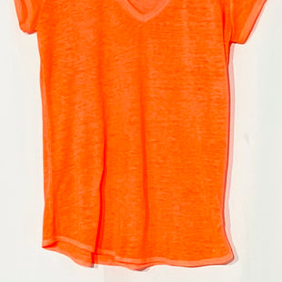 Primary Photo - BRAND: ATHLETA STYLE: ATHLETIC TOP SHORT SLEEVE COLOR: NEON ORANGESIZE: S SKU: 262-26211-141413PHOTO DOESN'T REFLECT TRUE NEON ORANGE COLOR