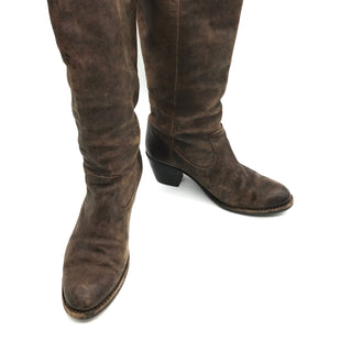 Primary Photo - BRAND: FRYE STYLE: BOOTS KNEE COLOR: BROWN SIZE: 8 SKU: 262-26275-73249PRICE REFLECTS SOME GENTLE WEAR. COLOR MAY BE SLIGHTLY LIGHTER THAN PHOTOS APPEAR