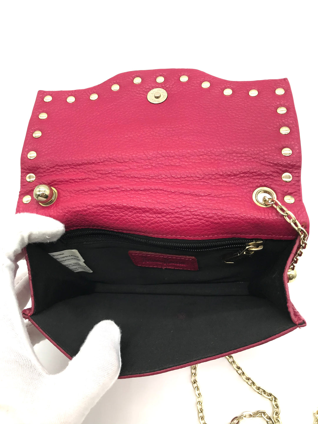 "Photo #4 - BRAND: NEIMAN MARCUS <BR>STYLE: HANDBAG <BR>COLOR: HOT PINK <BR>SIZE: SMALL <BR>SKU: 262-26241-43692<BR><BR>APPROX. 6.75""L X 5""H. SMALL SIZE, SLIGHT WEAR TO INSIDE OF FLAP. MATERIAL 100% LEATHER"