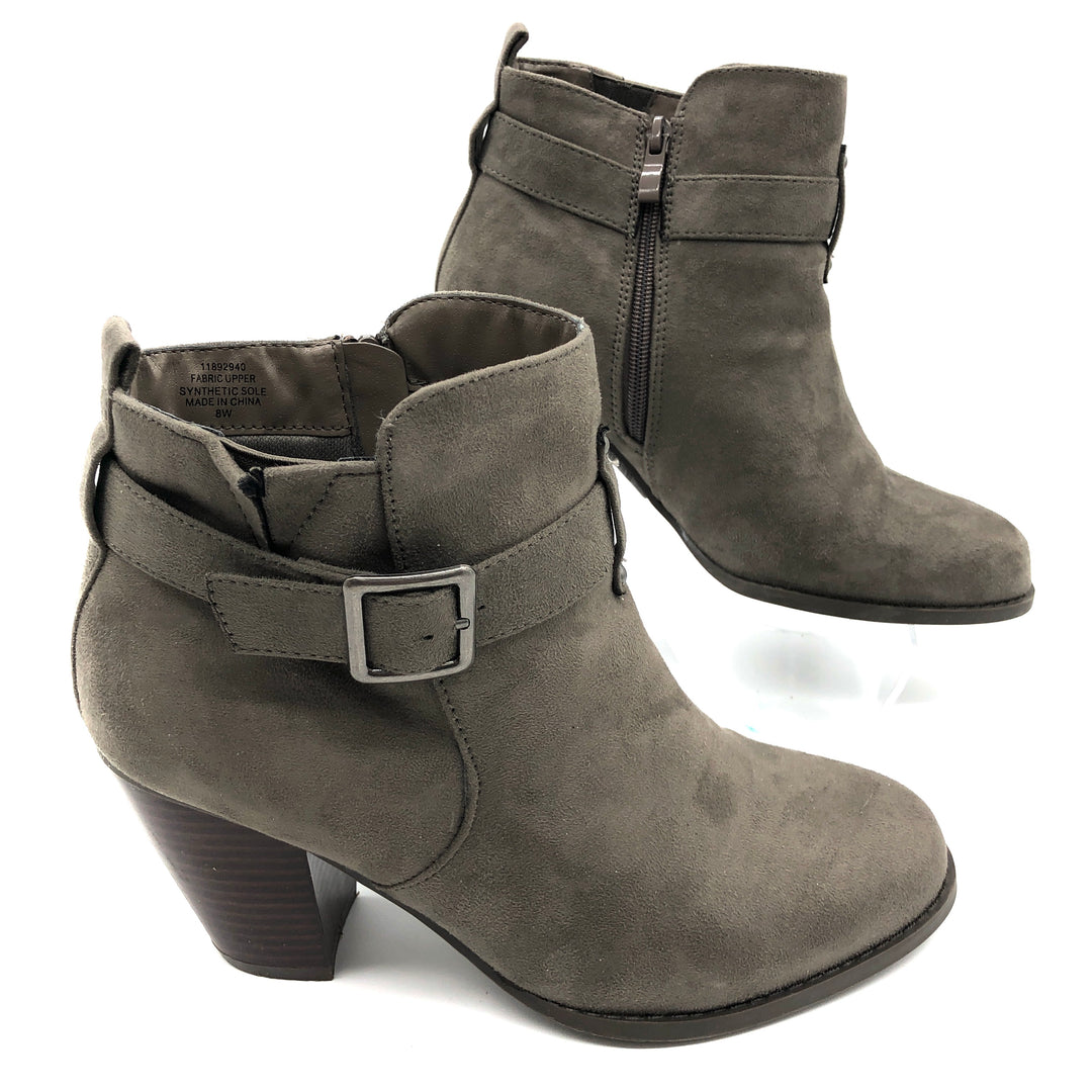 Photo #1 - BRAND: TORRID <BR>STYLE: BOOTS ANKLE <BR>COLOR: BROWN  / TAUPE<BR>SIZE: 8 <BR>SKU: 262-26241-44811