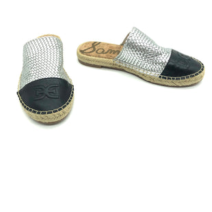 Primary Photo - BRAND: SAM EDELMAN STYLE: SANDALS FLAT COLOR: SILVER SIZE: 6 SKU: 262-26275-78193AS IS