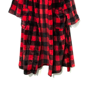 Primary Photo - BRAND:    CLOTHES MENTOR STYLE: ROBE COLOR: CHECKED SIZE: L OTHER INFO: NO BRAND - SKU: 262-26211-141723