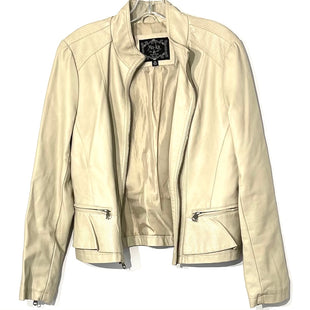 Primary Photo - BRAND:    MOKASTYLE: JACKET OUTDOOR COLOR: BEIGE SIZE: M OTHER INFO: MOKA - SKU: 262-26211-141954FAUX LEATHER