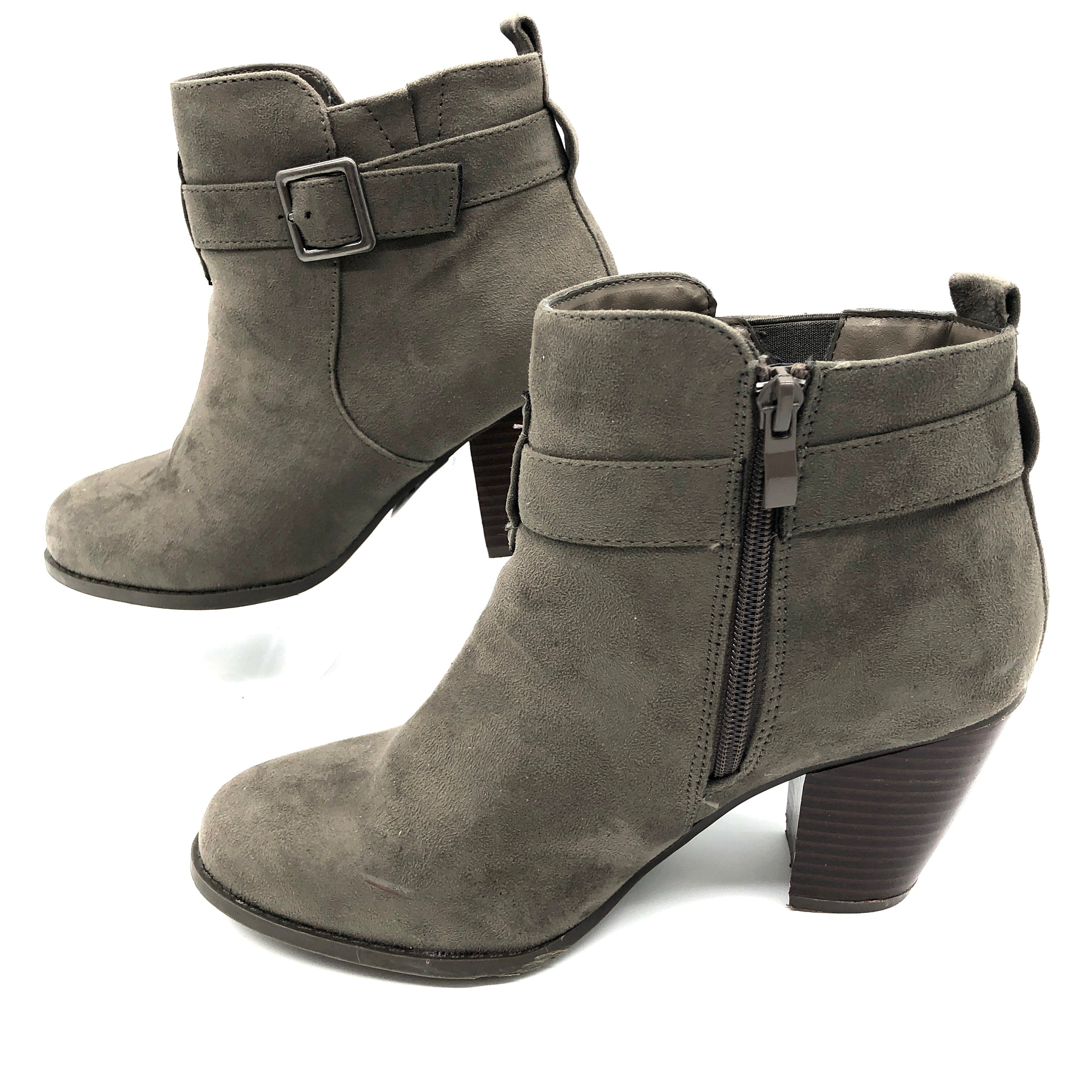 Photo #2 - BRAND: TORRID <BR>STYLE: BOOTS ANKLE <BR>COLOR: BROWN  / TAUPE<BR>SIZE: 8 <BR>SKU: 262-26241-44811