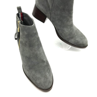 Primary Photo - BRAND: TOMMY HILFIGER STYLE: BOOTS ANKLE COLOR: GREY SIZE: 6.5 SKU: 262-262101-1970IN GOOD SHAPE AND CONDITION