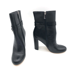 Primary Photo - BRAND: WHITE HOUSE BLACK MARKET STYLE: BOOTS ANKLE COLOR: BLACK SIZE: 5 SKU: 262-262101-2314