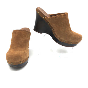 Primary Photo - BRAND: UGG STYLE: SHOES LOW HEEL COLOR: TAN SIZE: 8 SKU: 262-26275-75482AS IS SLIGHT WEAR DESIGNER BRAND FINAL SALE