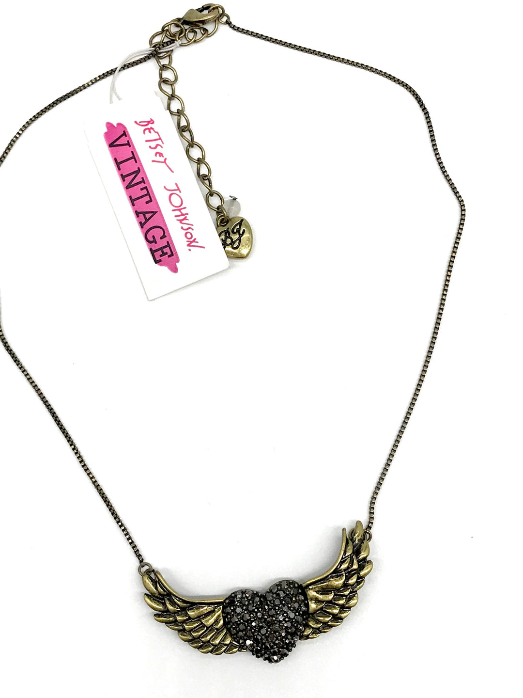 Photo #2 - BRAND: BETSEY JOHNSON <BR>STYLE: NECKLACE <BR>COLOR: HEART <BR>SKU: 262-26211-139430<BR>BRAND NEW CONDITION - AS IS