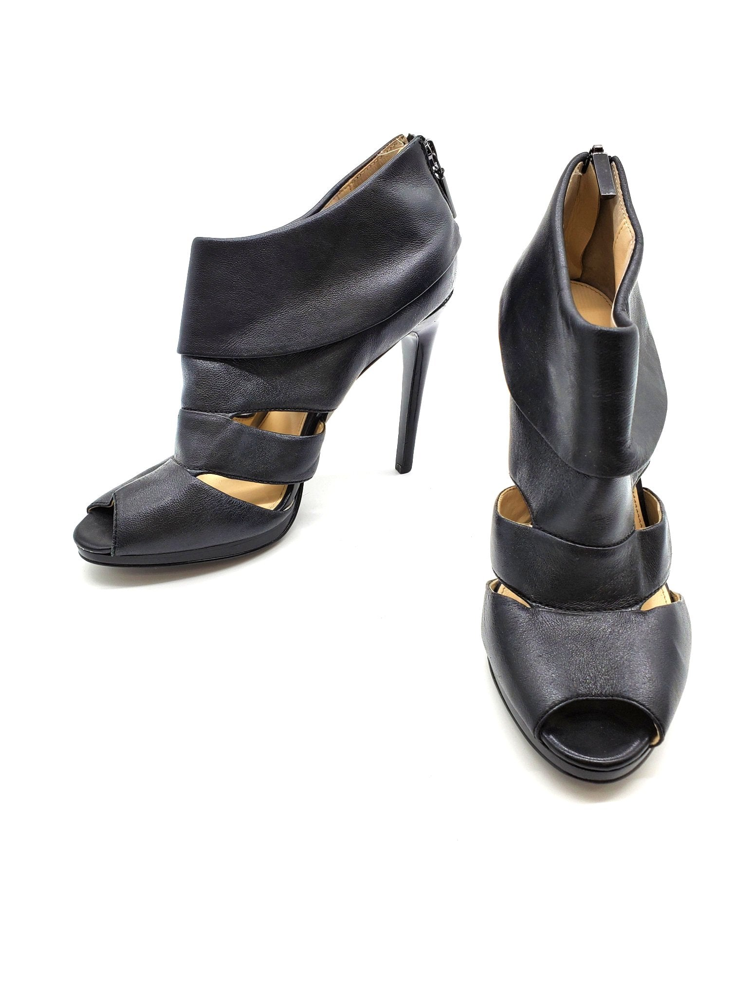 Photo #1 - BRAND: CALVIN KLEIN <BR>STYLE: SANDALS LOW <BR>COLOR: BLACK <BR>SIZE: 9 <BR>SKU: 262-26211-138663<BR>AS IS <BR>