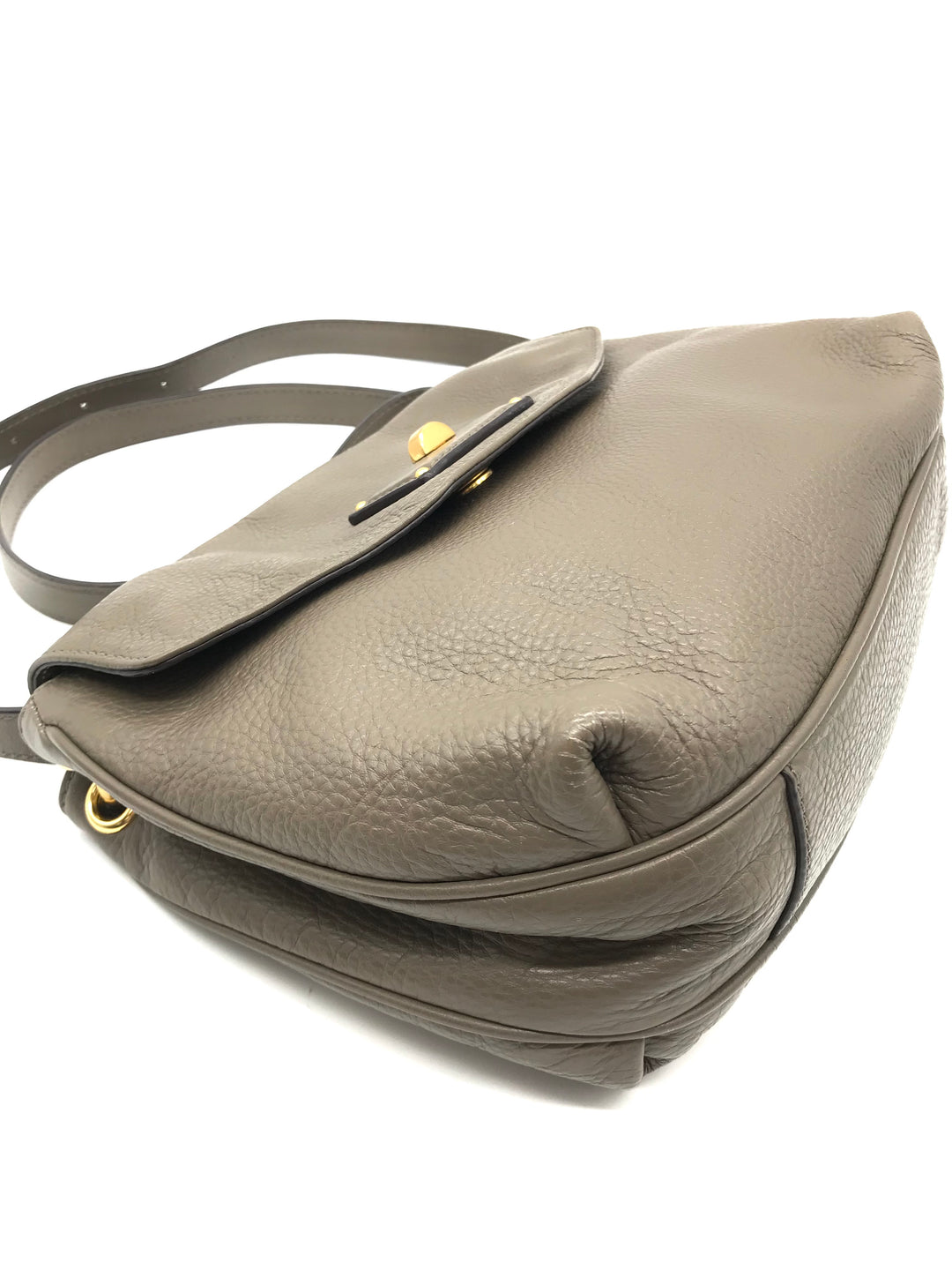 "Photo #2 - BRAND: MARC BY MARC JACOBS <BR>STYLE: HANDBAG DESIGNER <BR>COLOR: TAUPE <BR>SIZE: SMALL 8.5""H X 10""L X 2.2""W<BR>STRAP DROP: 22.5""<BR>SKU: 262-26241-43499<BR>IN GOOD SHAPE AND CONDITION"