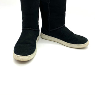 Primary Photo - BRAND: UGG STYLE: BOOTS ANKLE COLOR: BLACK WHITE SIZE: 6 OTHER INFO: AS IS WEAR SKU: 262-26275-68440SEE PHOTOS