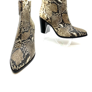 Primary Photo - BRAND: DKNY STYLE: BOOTS ANKLE COLOR: SNAKESKIN PRINT SIZE: 8 M/38.5BSKU: 262-26275-68357