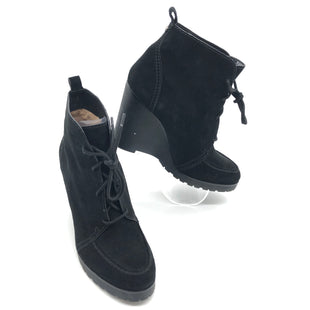 Primary Photo - BRAND: MICHAEL KORS STYLE: BOOTS ANKLE COLOR: BLACK SIZE: 10 SKU: 262-262101-2577IN GOOD SHAPE AND CONDITION