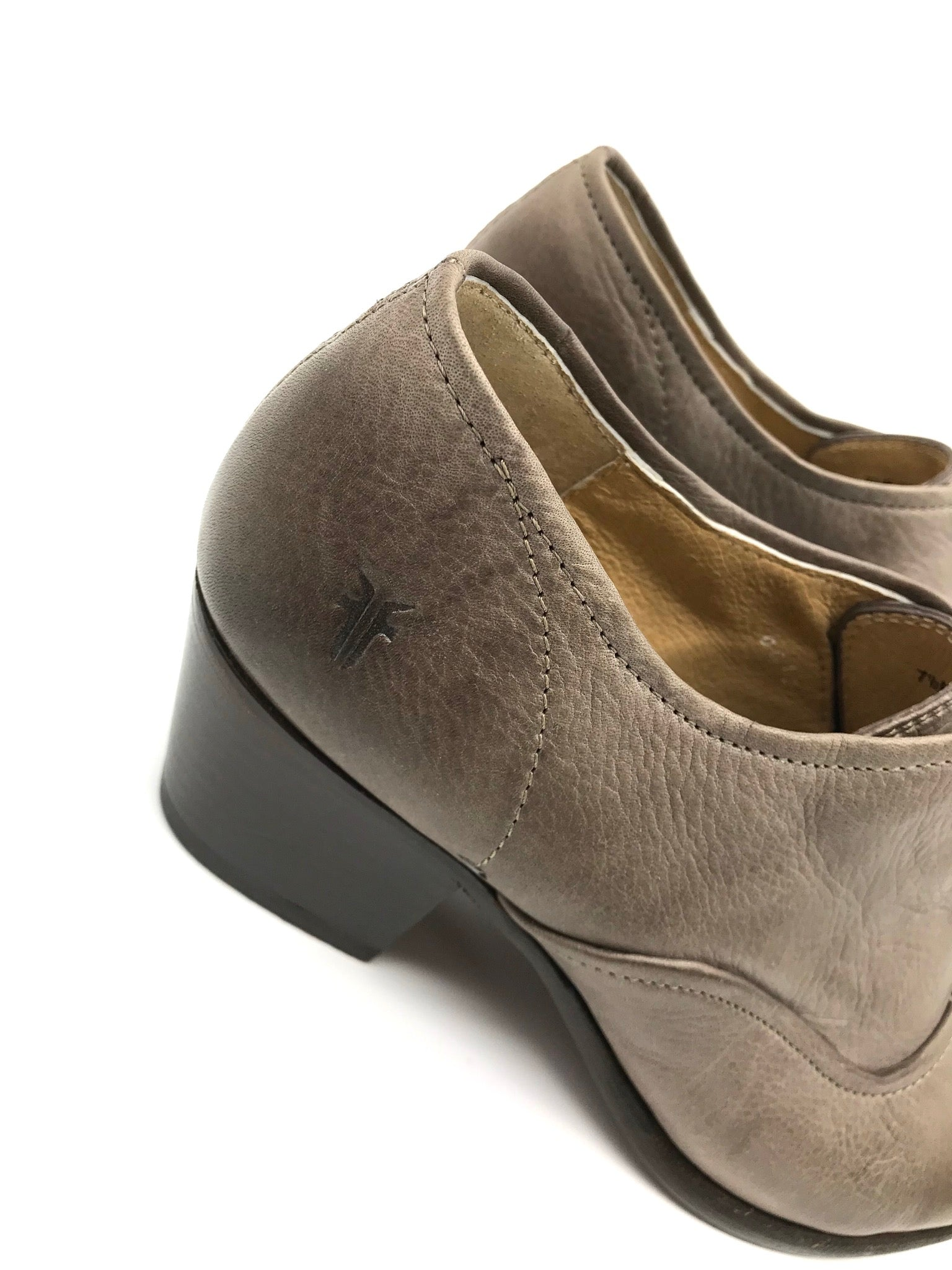 Photo #3 - BRAND: FRYE <BR>STYLE: SHOES LOW HEEL <BR>COLOR: TAUPE <BR>SIZE: 7.5 <BR>SKU: 262-26241-37170<BR>GENTLE WEAR - AS IS