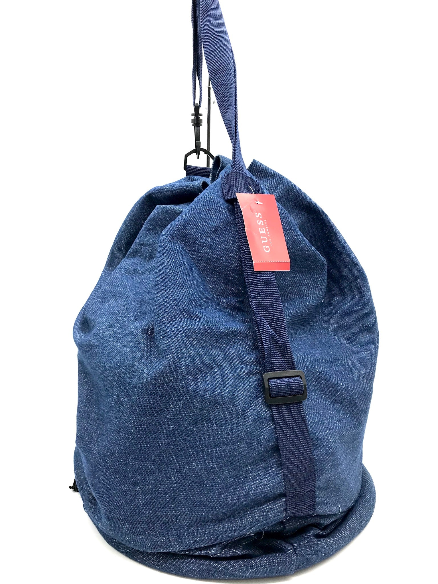 Photo #2 - <P>BRAND: GUESS <BR>STYLE: BACKPACK/HANDBAG <BR>COLOR: DENIM <BR>SIZE: SMALL <BR>SKU: 262-26275-64641<BR>AS IS</P>