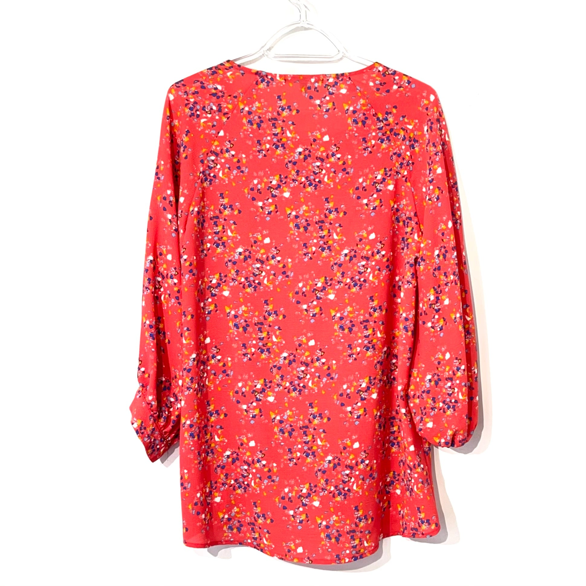 Photo #1 - BRAND: GIBSON <BR>STYLE: TOP LONG SLEEVE <BR>COLOR: FLORAL <BR>SIZE: S <BR>SKU: 262-26275-74088