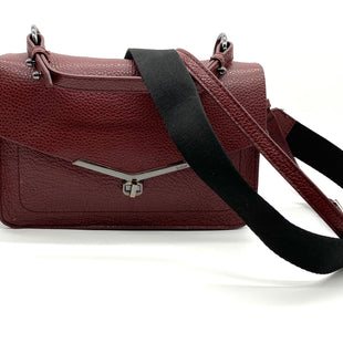 "Primary Photo - BRAND: BOTKIER STYLE: HANDBAG LEATHER COLOR: MAROON SIZE: S/MOTHER INFO: AS IS TARNISH HARDWARESKU: 262-26275-68270SOME CRACKING ON TRIM (SEE PHOTOS)10.5 LX 6.5"" H X 3.5"" W"