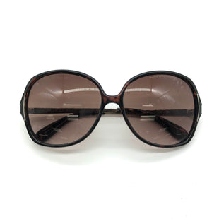 Primary Photo - BRAND: MARC BY MARC JACOBS STYLE: SUNGLASSES COLOR: BLACK OTHER INFO: AS IS SKU: 262-26275-74969DESIGNER BRAND FINAL SALE AS IS SCRATCHES (SEE PHOTOS)